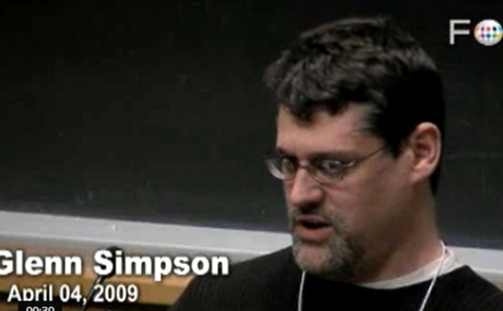 Glenn Simpson, former WSJ reporter, speaks at UC Berkeley in 2009, after leaving to found SNS Global. (Image: Screen grab of FORA.tv video via dailymotion)
