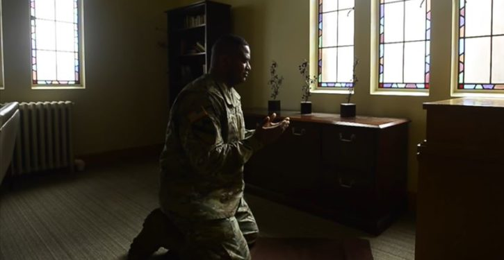Army puts Muslim convert in charge of the spiritual needs of 14,000 mostly Christian soldiers
