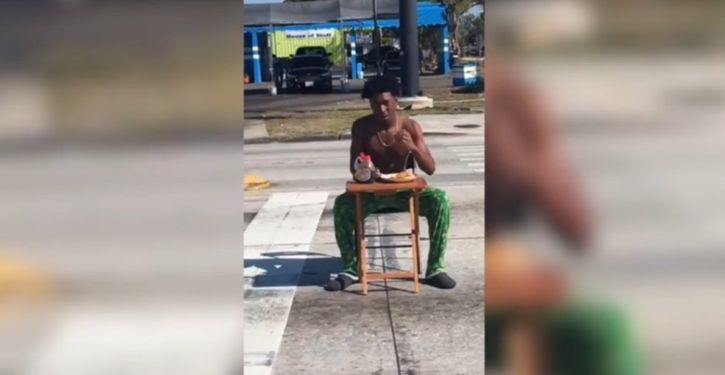 Florida man cited for eating pancakes disruptively