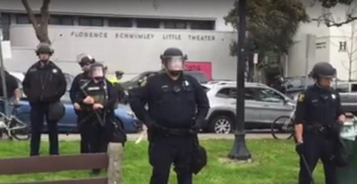 Violence erupts at pro-Trump rally in Berkeley