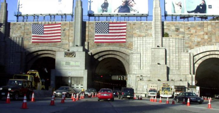 Man arrested in Lincoln Tunnel, after stopping traffic so he could do WHAT?