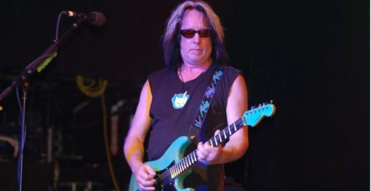Aging rocker Todd Rundgren tells fans, 'If you're a Trump supporter, don't come to my show' by Joe Newby