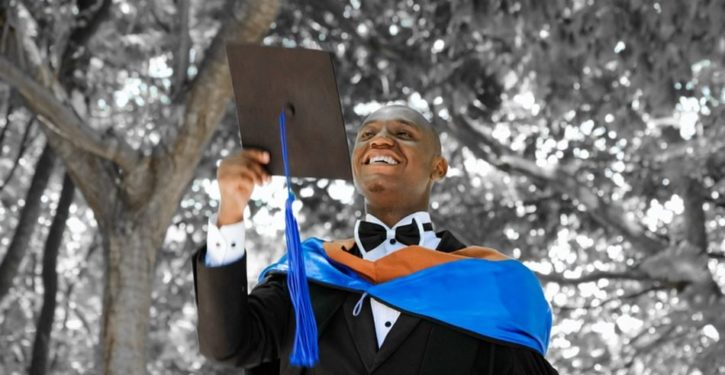 Black people aren't keeping white Americans out of college: Rich people are