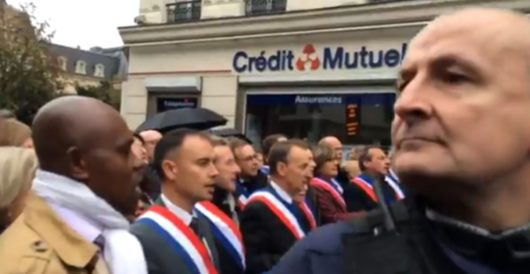 France: Politicians try to stop Muslim street prayers by singing national anthem by LU Staff