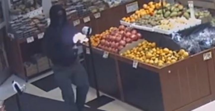 Masked man tosses Molotov cocktail inside Brooklyn supermarket