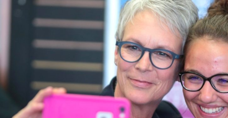 Actress Jamie Lee Curtis blames Trump for Hawaii missile scramble: 'Shame on your hate filled self'