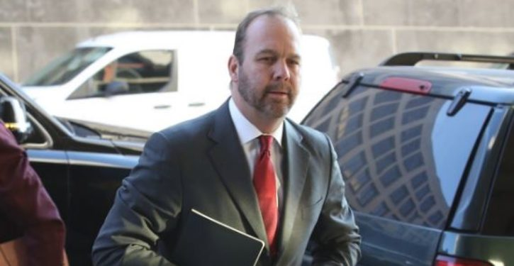 Manafort trial: Partner Rick Gates says he embezzled millions from Manafort, helped violate law