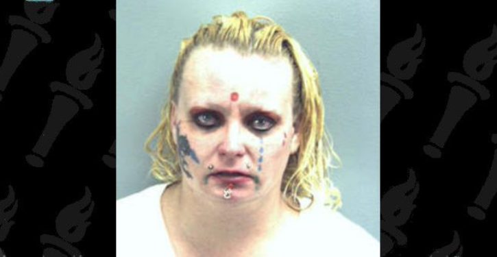 Woman arrested for allegedly threatening to blow up 7-Eleven
