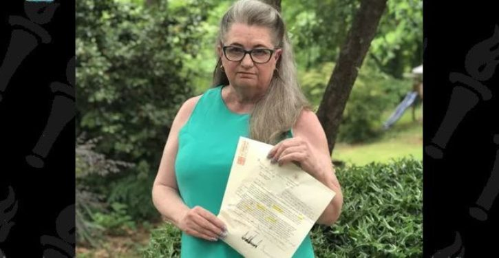 Retired English teacher 'corrects' letter from president, sends it back marked up *UPDATE*