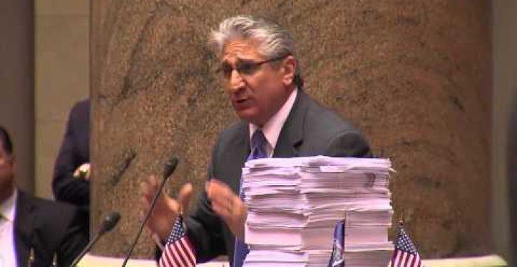 Lawmaker dares NY Gov. Andrew Cuomo to take Common Core standardized test (Video)