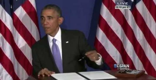 President Obama reveals restaurant rejected his credit card (Video) by Michael Dorstewitz