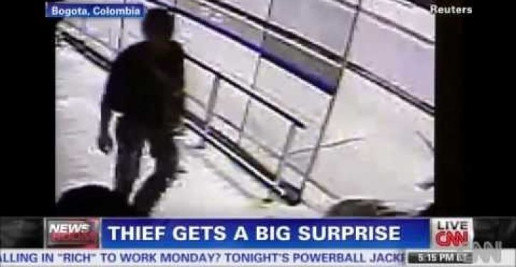 Cosmic justice: Man robs woman, promptly gets hit by bus
