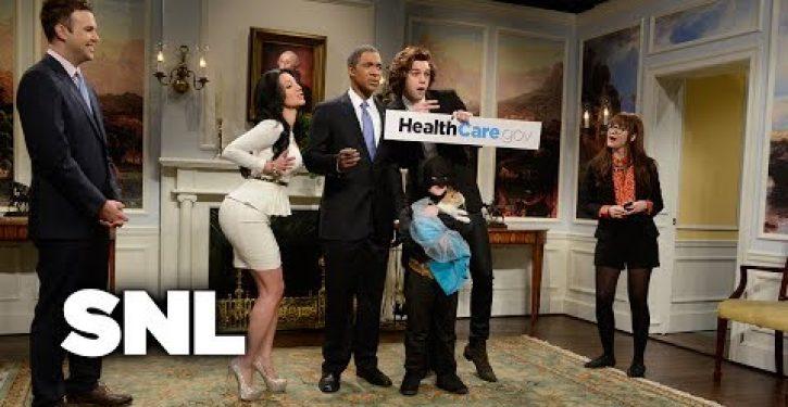 Video: SNL cold intro mocks O-care enrollment nos.