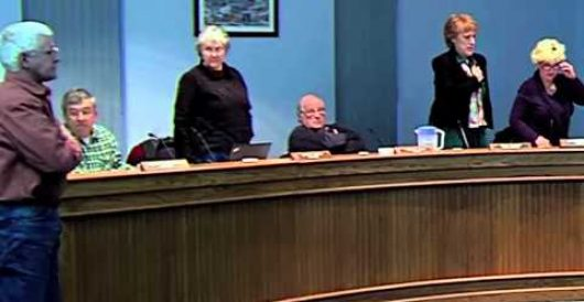 Video: Maine council members refuse to stand for Pledge of Allegiance by Howard Portnoy