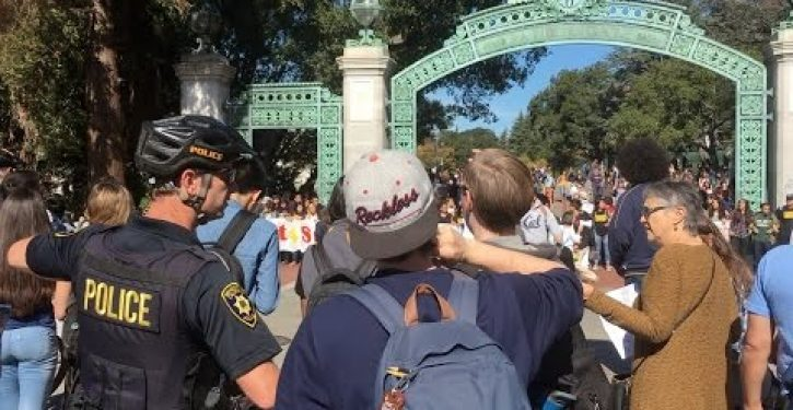 Protesters at UC Berkeley block white students from getting to class