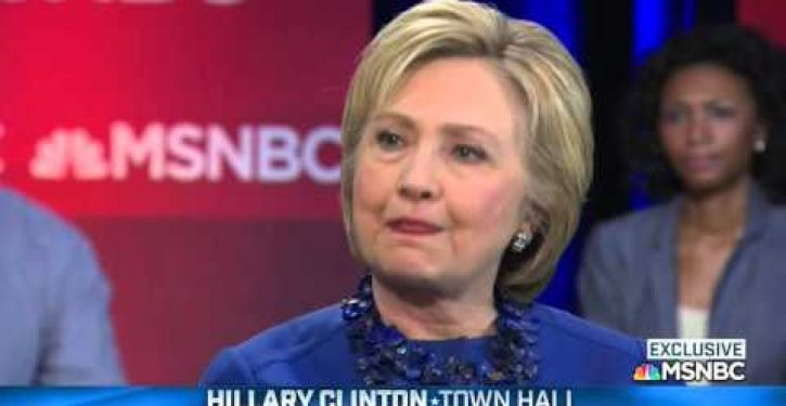 Clinton says, if elected, half her cabinet will be women: why that's problematic