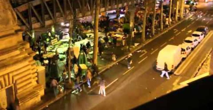 6,500 soldiers in the streets of Paris as migrants turn Metro station into war zone