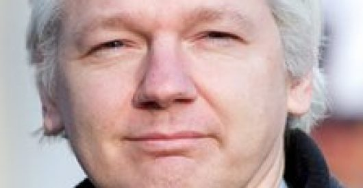 Assange: Freedom of expression for me, but not for Ecuadorians…while he hides at the Ecuadorian embassy by Fausta Wertz