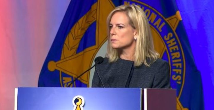 Democratic Socialists attack, harass DHS chief Kirstjen Nielsen at Mexican restaurant