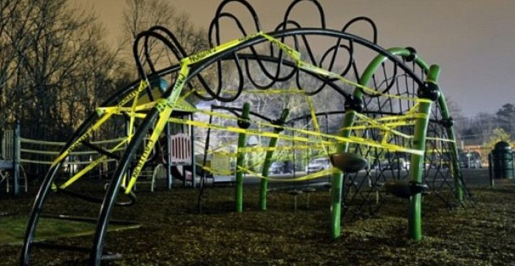 Parents raise $35K for jungle gym, which is instantly shut down to avoid injury