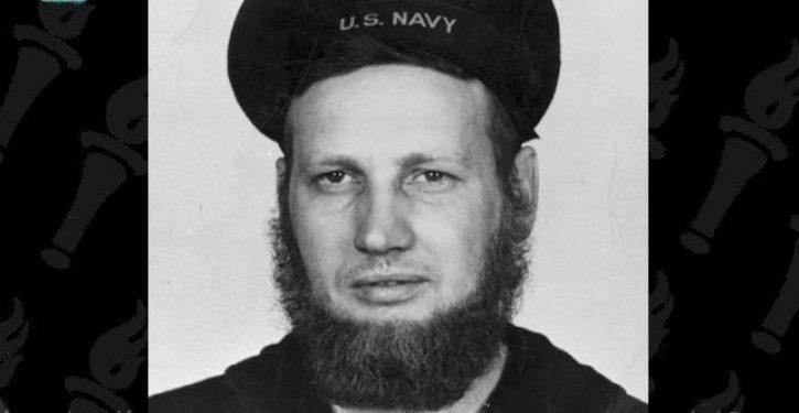 Sailors tell the U.S. Navy, 'we want beards'