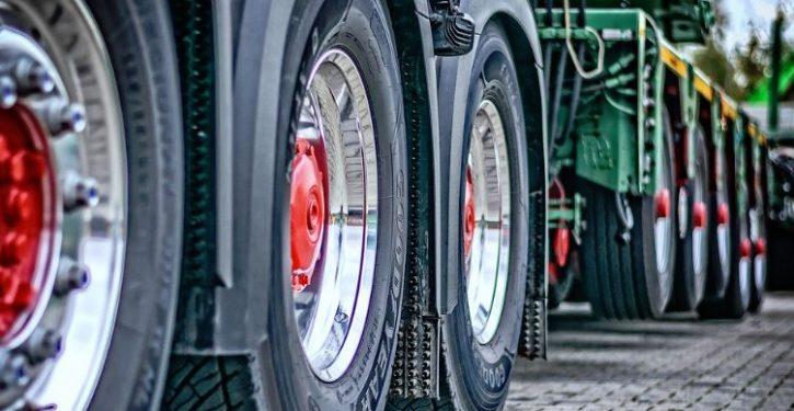 The Tesla semi truck is already crossing the U.S. alone