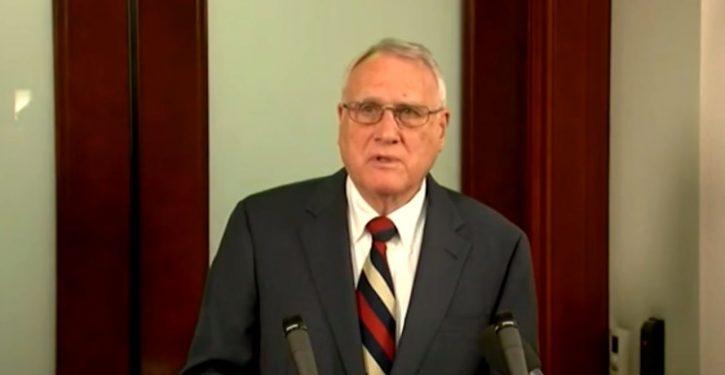 AZ Gov Ducey picks retired senator Jon Kyl to fill McCain vacancy