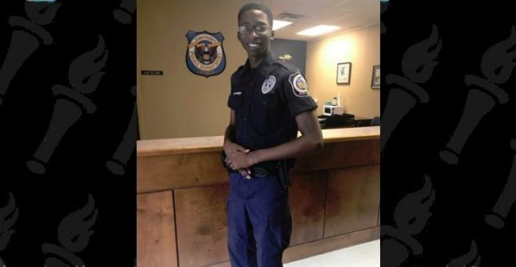 Georgia teen praised for saving two co-workers stabbed during robbery