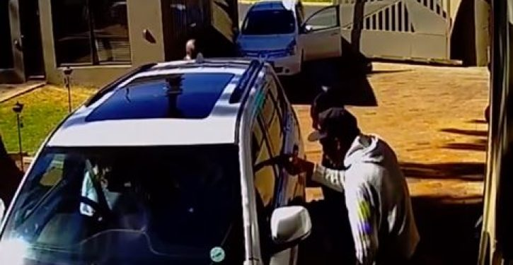Woman in S. Africa provides clinic in how to deal with armed carjackers