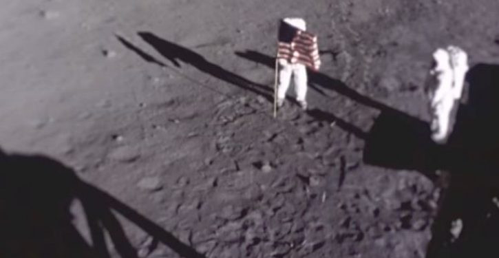 Biopic about Neil Armstrong shows moon landing but omits important detail