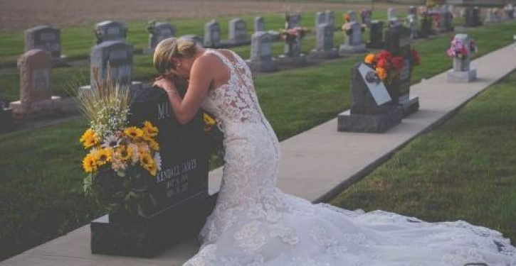 Bride takes wedding photos alone after firefighter fiancé killed by alleged drunk driver