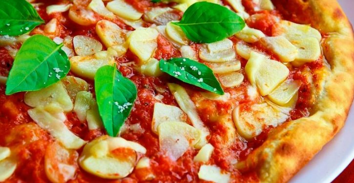 Under UK government anti-obesity plan, pizzas must shrink or lose their toppings