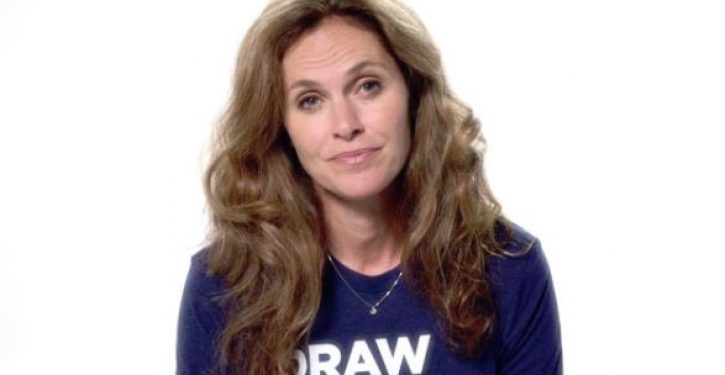 Actress Amy Brenneman 'excited' to host party for women to celebrate their abortions