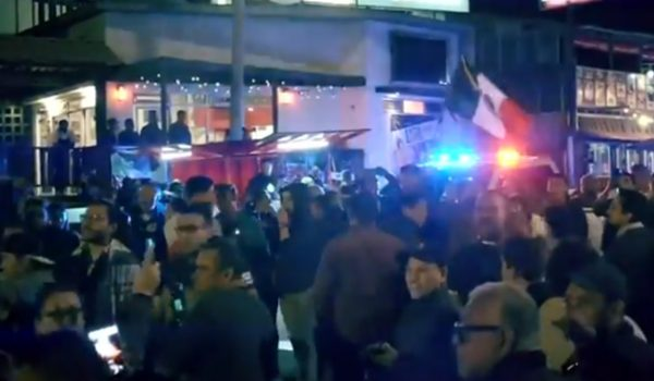 Tijuana: Violent clashes as arriving 'caravan' migrants square off against protesting residents by LU Staff