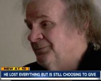 Homeless man with terminal cancer donates to holiday toy drive