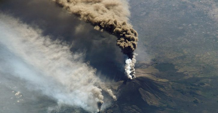Significant 4.8 quake strikes at Sicily's erupting Mt Etna volcano