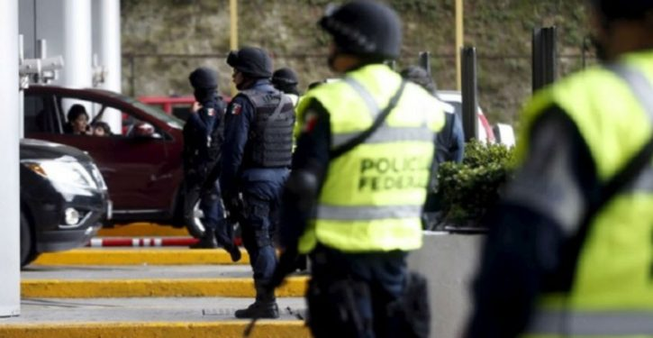 Example of what happens when police forces are dismantled: Mexico