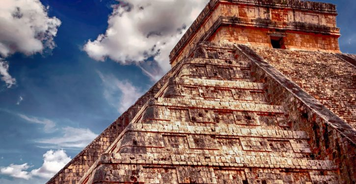 Mexico finds first 'flayed' god temple; priests wore dead people's skins