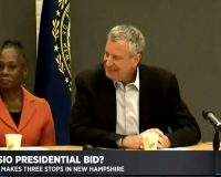 NYC's de Blasio draws audience of 6 at roundtable event in New Hampshire