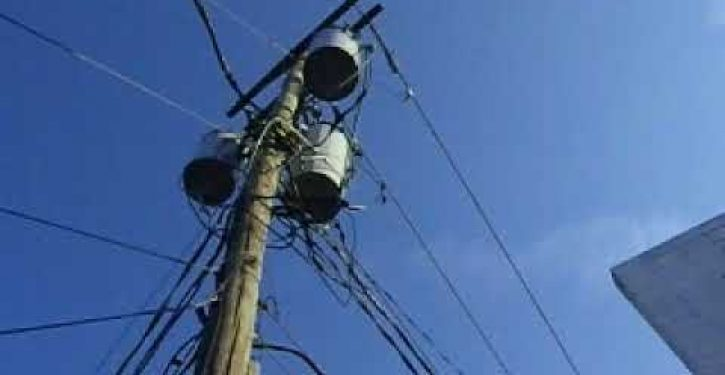 NY woman receives hefty power bills addressed to wooden utility pole in front of her house