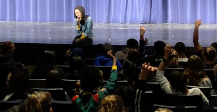 Ilhan Omar gives talk to elementary school students: Parents not allowed to attend