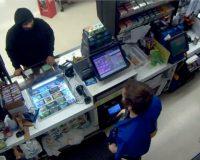 Oregon: Clerk fired after pulling gun on hatchet-bearing attacker, causing attacker to flee