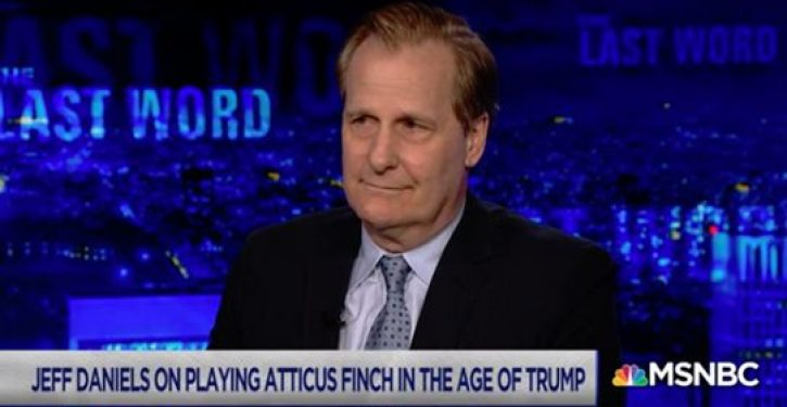 'Dumb and Dumber' actor Jeff Daniels: I am ashamed to be an American