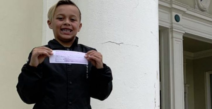 9-year-old pays off lunch debt for his entire third grade class