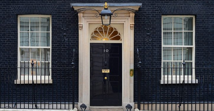 They're gone: UK MP leaves 10-year-old at No. 10 Downing to protest early school closures