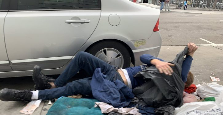 Texas: Lawmakers ban homeless 'camping' throughout state