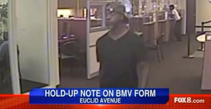 Would-be bank robber writes demand note on paper with his name and address on back
