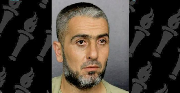 Armed Florida man shouts in Arabic: 'l need Trump cut. I want to cut, two portions'