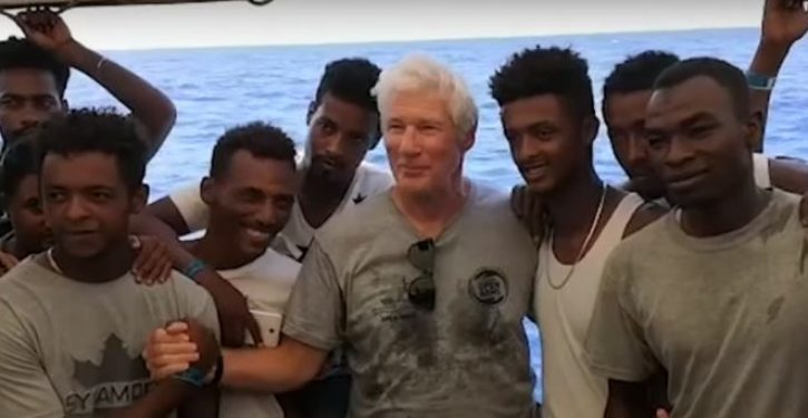 Italian officials to meddling Richard Gere: Load African migrants on your jet and put them up at your home