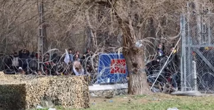 Border in flames: Tear gas, water cannons; face-off at Turkey-Greece border as migrants surge